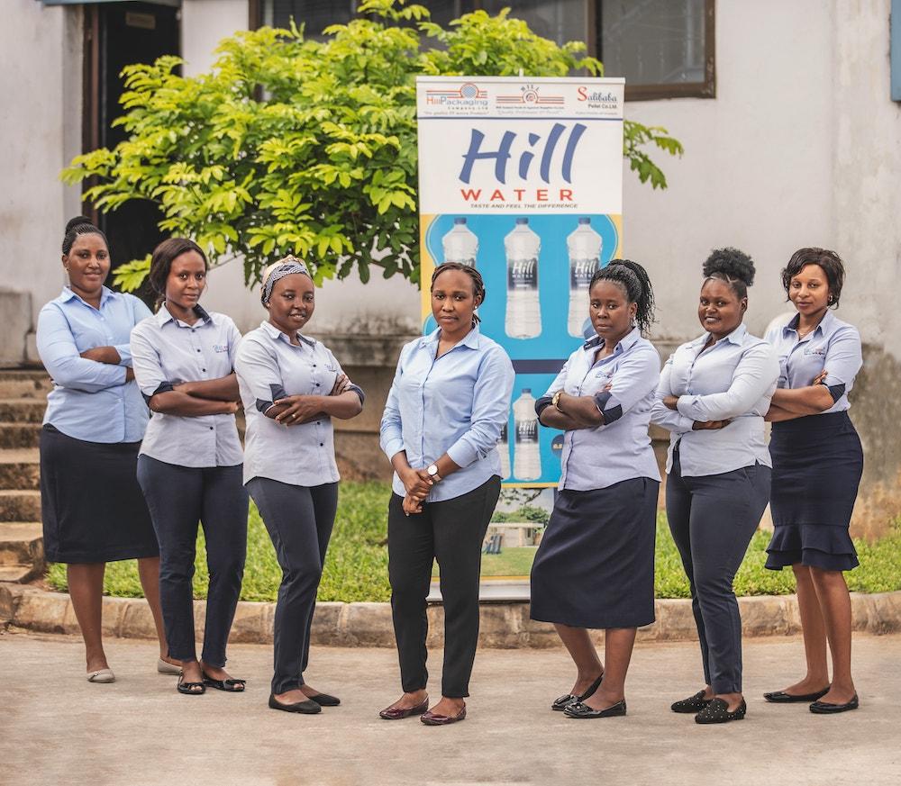 Hill GirlS V POSE_02